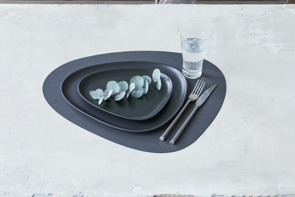 Linddna-981900 Table Mat Curve L Nupo Black 2