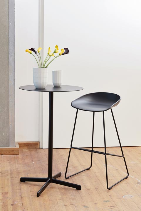 HAY-Neu Table High Round Anthracite Aas 38 High Black
